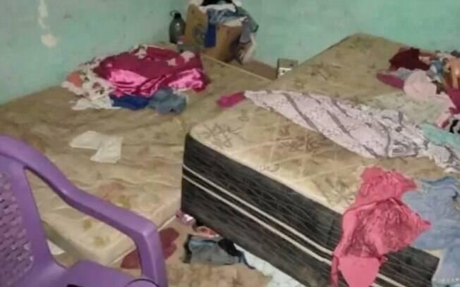 Conselho Tutelar divulgou imagens da casa na qual crianças foram abandonadas