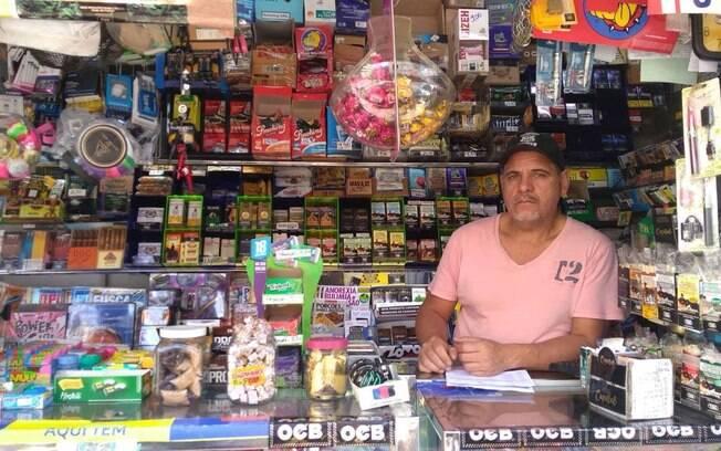 Gaspar é dono da Banca Vitória, em São Paulo: hoje jornais e revistas representam apenas 20% do faturamento