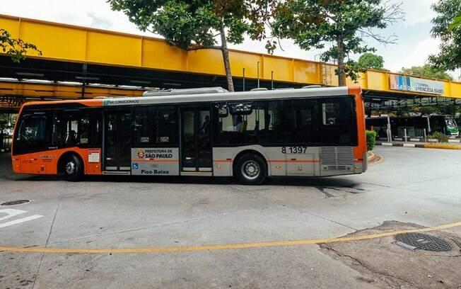 Entre moradores de São Paulo que não utilizam transporte público, melhora no conforto seria principal fator de mudança