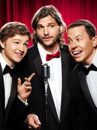 Ashton Kutcher, Jon Cryer e Angus T. Jones