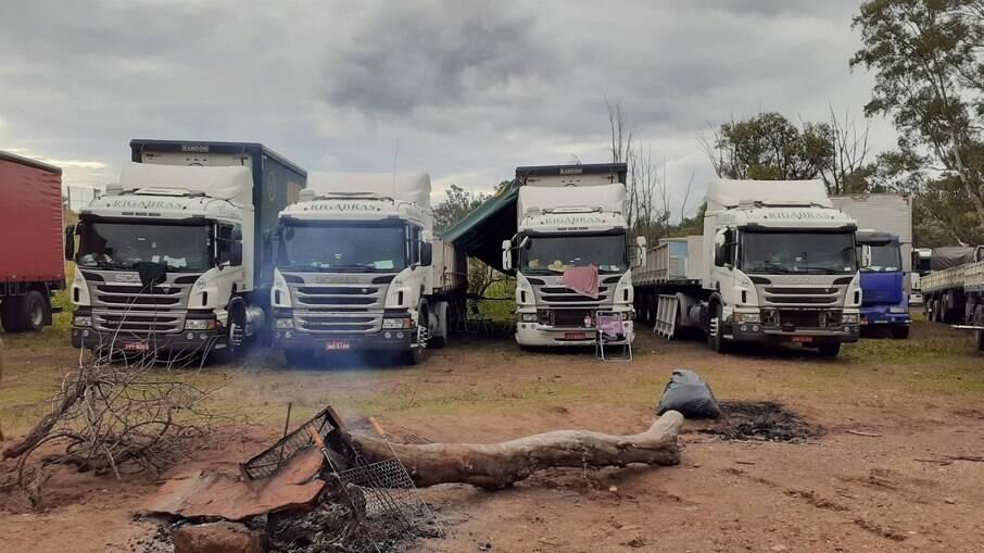 Manifestação começou na última quinta-feira na fronteira com Uruguaiana (RS)
