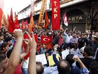 Turquia diz que forças sírias estão por trás de ataques que mataram mais de 40 - Mundo - iG