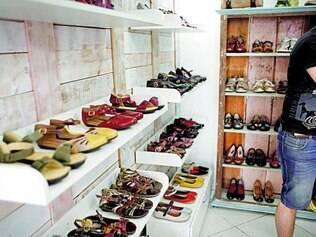 Sem saldão.   Loja Sapatos e Cores, por enquanto, não vai apostar em descontos, porque produtos exclusivos vão garantir volta da clientela