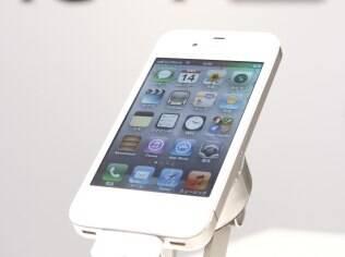 iPhone 4S pode ser último com conector de 30 pinos