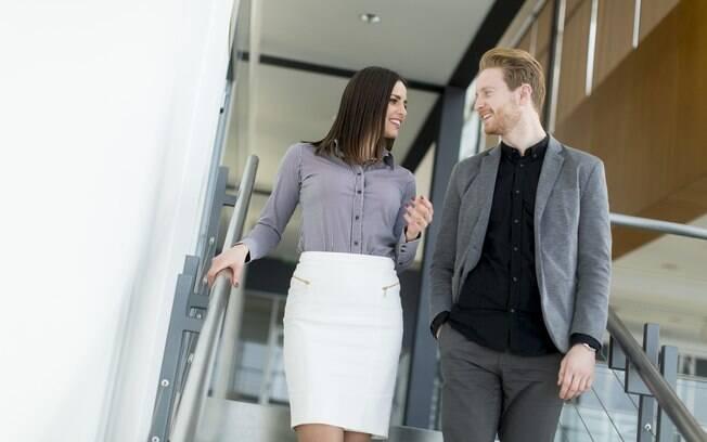 Fazer sexo com um colega de trabalho é fantasia da maioria das mulheres, diz pesquisa