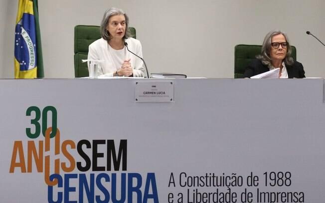 Cármen Lúcia participou de seminário que discutiu a censura judicial à liberdade de imprensa e processos de indenização