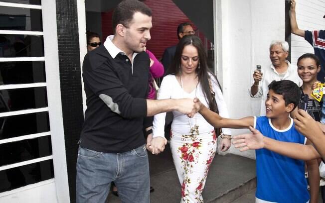Ex-volante Zé Elias passou 30 dias preso por  falta de pagamento de pensão alimentícia