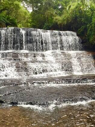 Uma das sete cachoeiras do Rio Sete Quedas. Passeio imperdível para quem curte aventura