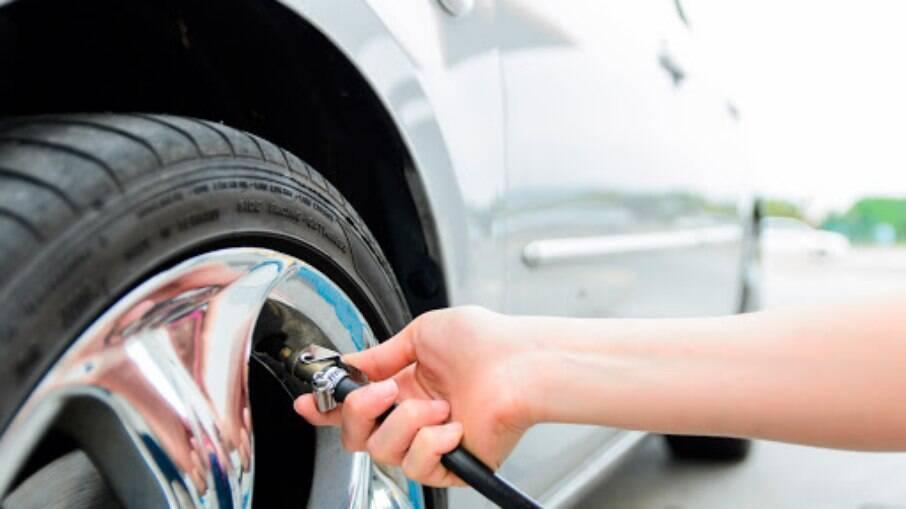 Pneu calibrado é fundamental para não gastar mais combustível que o ideal no dia a dia