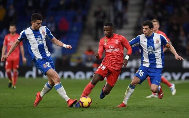 Vinícius Junior recebeu elogios depois de jogo contra o Espanyol