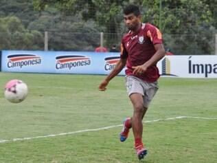 Thiago Santos já está treinando com o grupo alviverde