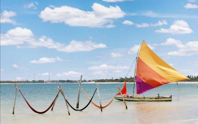 Jericoacoara tem cenários e atrações para todos os gostos, mas o que mais impressiona é o mar com águas cristalinas