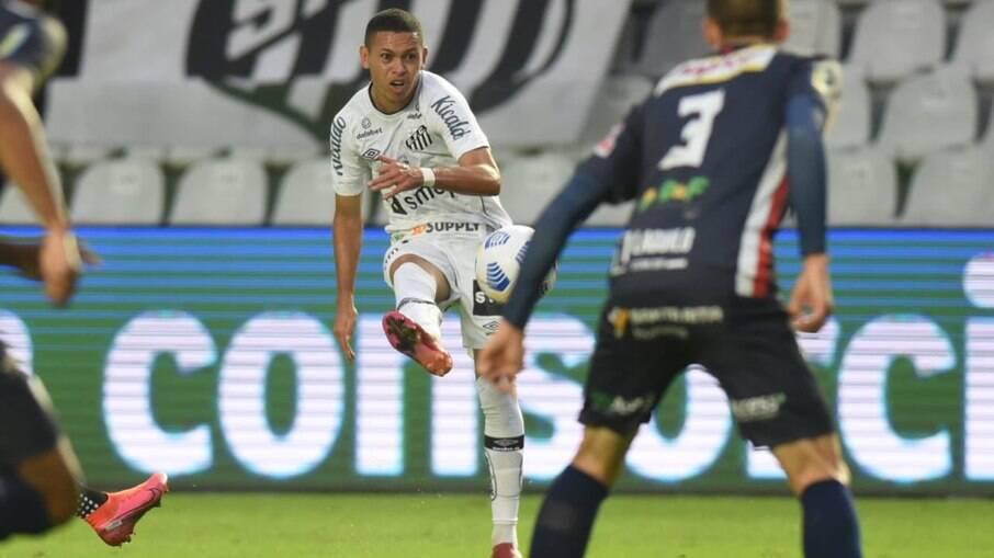 Santos despacha o Cianorte na Copa do Brasil