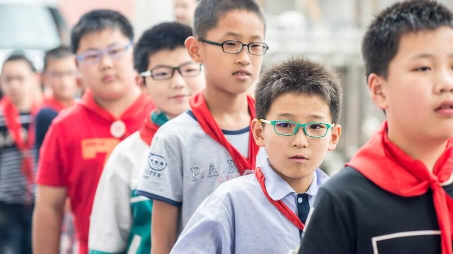 Famílias chinesas agora poderão ter até três filhos