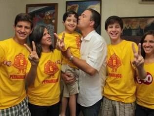 Campos era pai de cinco filhos - Maria Eduarda, João, Pedro, José Henrique e o mais novo, Miguel, nascido em janeiro deste ano.