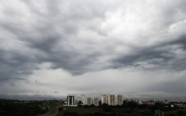 Especialista alerta para tornados e microexplosões em Campinas