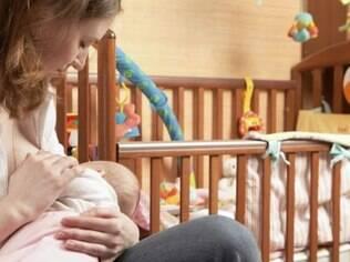 Pesquisadores acompanharam milhares de bebês até a idade adulta para pesquisar beneficios da amamentação