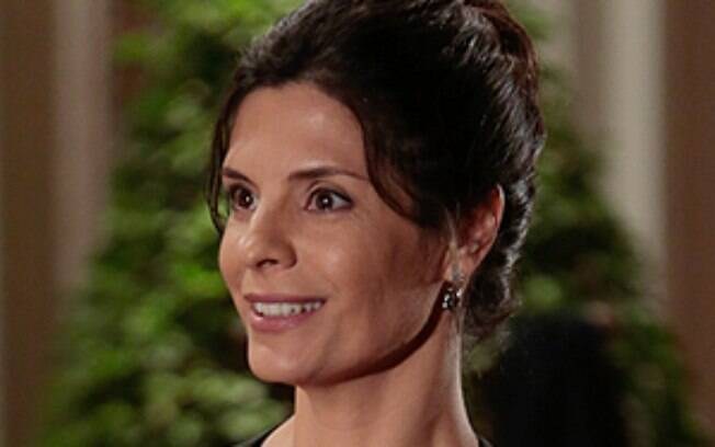 Verônica (Helena Ranaldi), entra na terceira fase para ser a mulher de Laerte