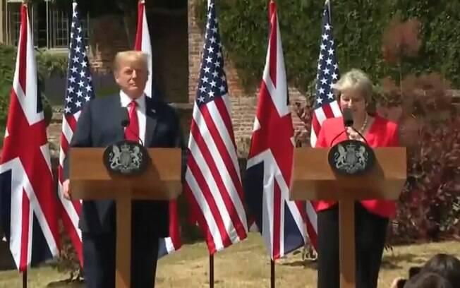 Trump e May se encontraram durante visita do republicano, quando sugeriu para ela processar a União Europeia