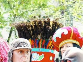 Sem polêmica. Sessenta e um bonecos gigantes desfilaram em Olinda, mas nenhuma figura política foi exposta à multidão