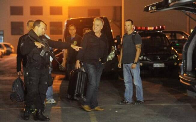Preso na Operação Saqueador, Carlinhos Cachoeira deixou a penitenciária de Bangu 8