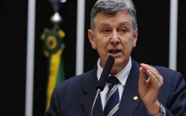 Deputado federal pelo PP do Rio Grande do Sul, Luis Carlos Heinze é investigado no inquérito que envolve 37 pessoas. Foto: Facebook/Reprodução