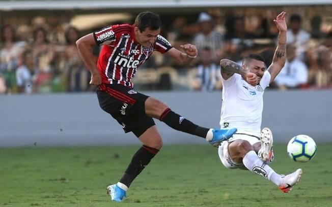 Jogo do São Paulo contra Santos
