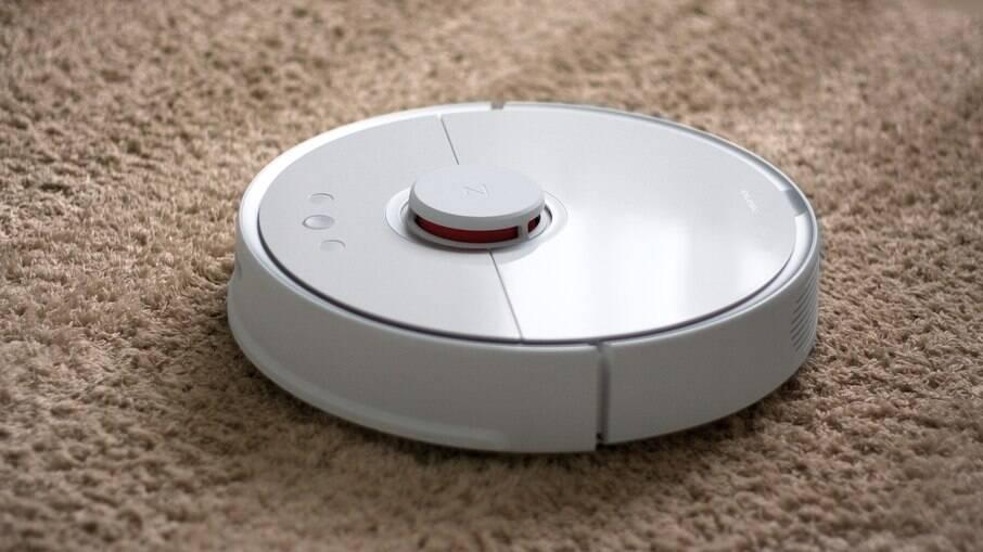 Esses aparelhos prometem ajudar a limpar totalmente qualquer piso