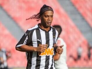 Ronaldinho mais uma vez ficou aquém da expectativa