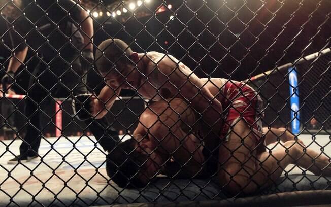 José Aldo nocauteia o Zumbi Coreano no UFC  163
