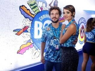 Sophie Charlotte ao lado do namorado, Daniel Oliveira, no camarote da Boa