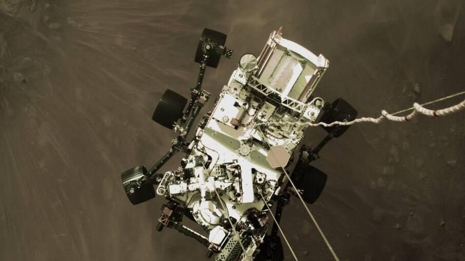 Teóricos da conspiração dizem que NASA esconde imagens verdadeiras do solo de Marte