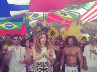 Jennifer Lopez será uma das intérpretes de música tema da Copa do Mundo no Brasil