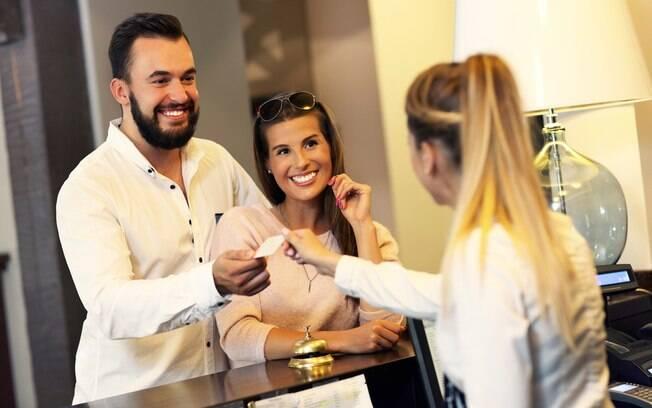 No turismo colaborativo, você deixa de pagar a hospedagem em dinheiro e oferece alguma das suas habilidades em troca
