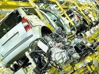 Em queda.  Mais uma vez, o setor de veículos apresentou desempenho ruim em Minas Gerais