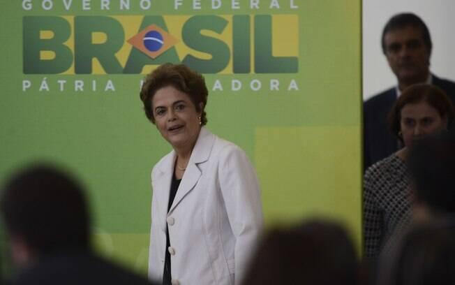 Para filósofo, Dilma está em um momento de grande fraqueza