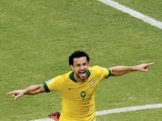 Camisa 9 da seleção brasileira e do Fluminense, Fred pode deixar o clube após a Copa