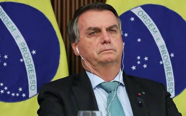'Brasil não levou pandemia a sério e muitos morreram desnecessariamente', diz Nobel de Medicina
