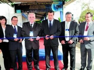 União. Na abertura da Feira Industrial do Vale da Eletrônica, Vanderleia Rodaelli, do BID