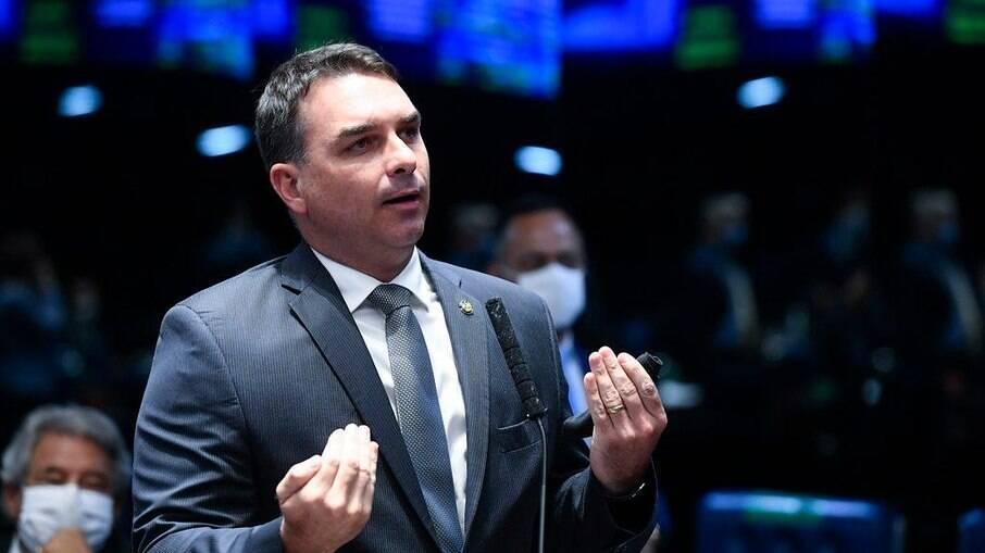 Caso 'Bolsonaro e Queiroz': Saiba quais provas foram afetadas com decisão do STJ