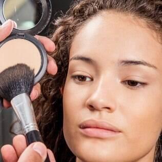 Aprenda a fazer a pele perfeita