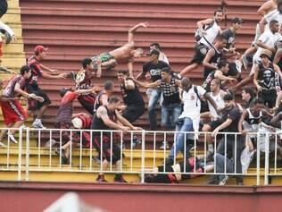 Torcidas se enfrentaram em ato lamentável na última rodada do Brasileirão