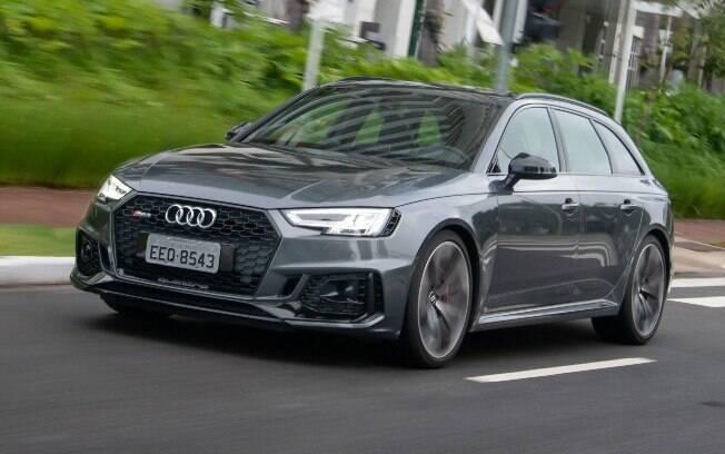 Audi RS4 Avant vem com novo V6 biturbo, capaz de levá-la de 0 a 100 km/h em 4,1 segundos,com máxima de 280 km/h