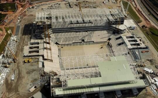 A um ano da Copa, Arena Corinthians atinge 79% de obras concluídas - Futebol - iG