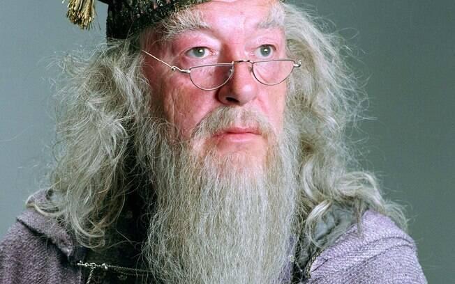 J. K. Rowling revelou em 2007 que Dumbledore, um dos personagens mais queridos de