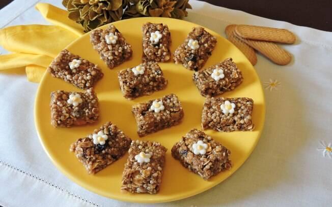Barrinhas de cereais e biscoito