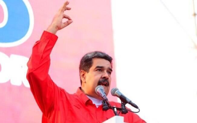 Em vídeo, Maduro garantiu que segue tendo apoio dos militares venezuelanos
