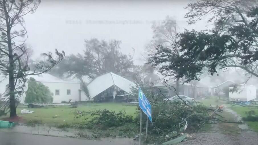 O furacão atingiu os Estados Unidos no último domingo