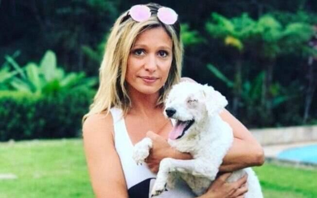 Luisa Mell procura mobilizar políticos e empresas que usam materiais não-ecológicos ou realizam testes em animais