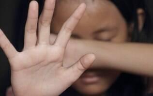 Homem estupra estudante que saía do Enem e é preso após esquecer CNH no local
